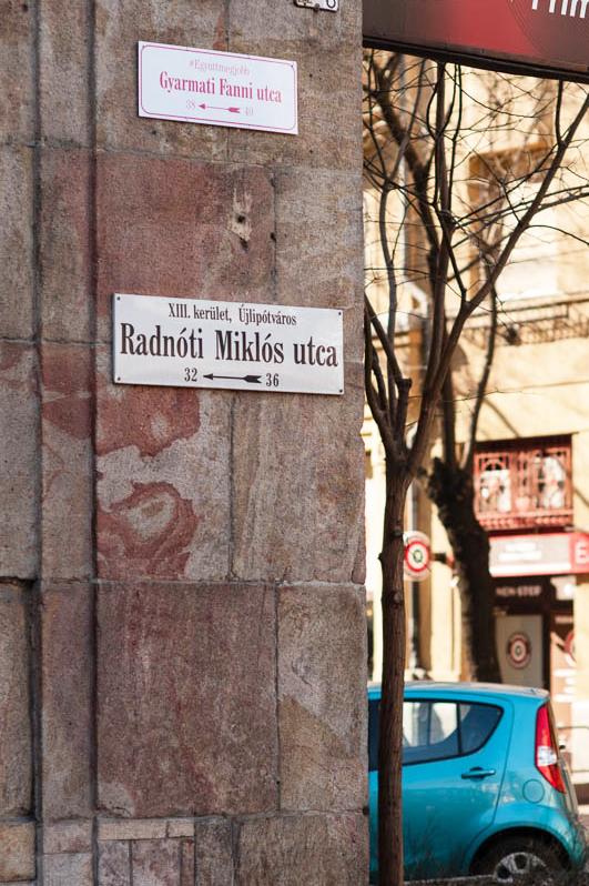 Gyarmati Fanni utcatáblát kapott Újlipótvárosban